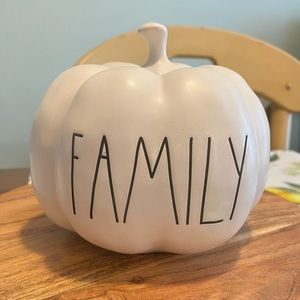 RAE DUNN PUMPKIN DECORATION